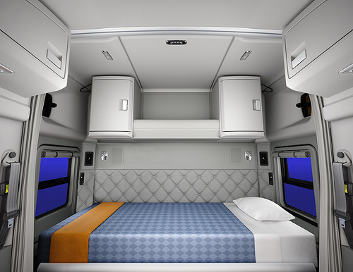 New 52-Inch Mid-Roof Sleeper For Kenworth T680 Now Available for Order