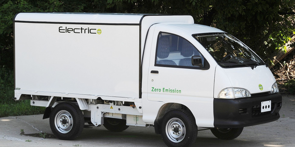 Electric Trucks with Deluxe Commercial Units