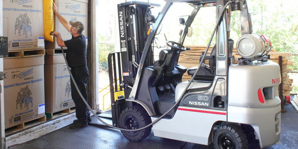Forklift Inflator Speeds Up Trailer Load Times