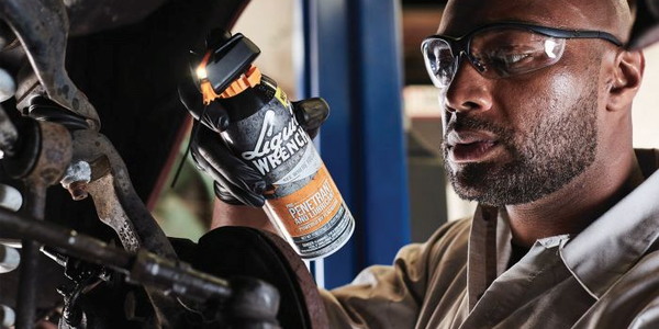 Liquid Wrench Pro Penetrant Features a Spray Nozzle With an LED