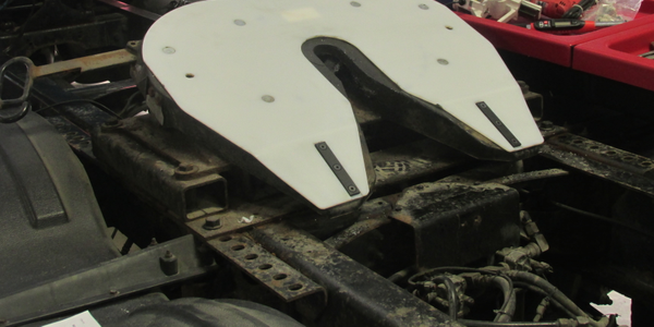 Slick Plate Reduces Fifth Wheel Friction
