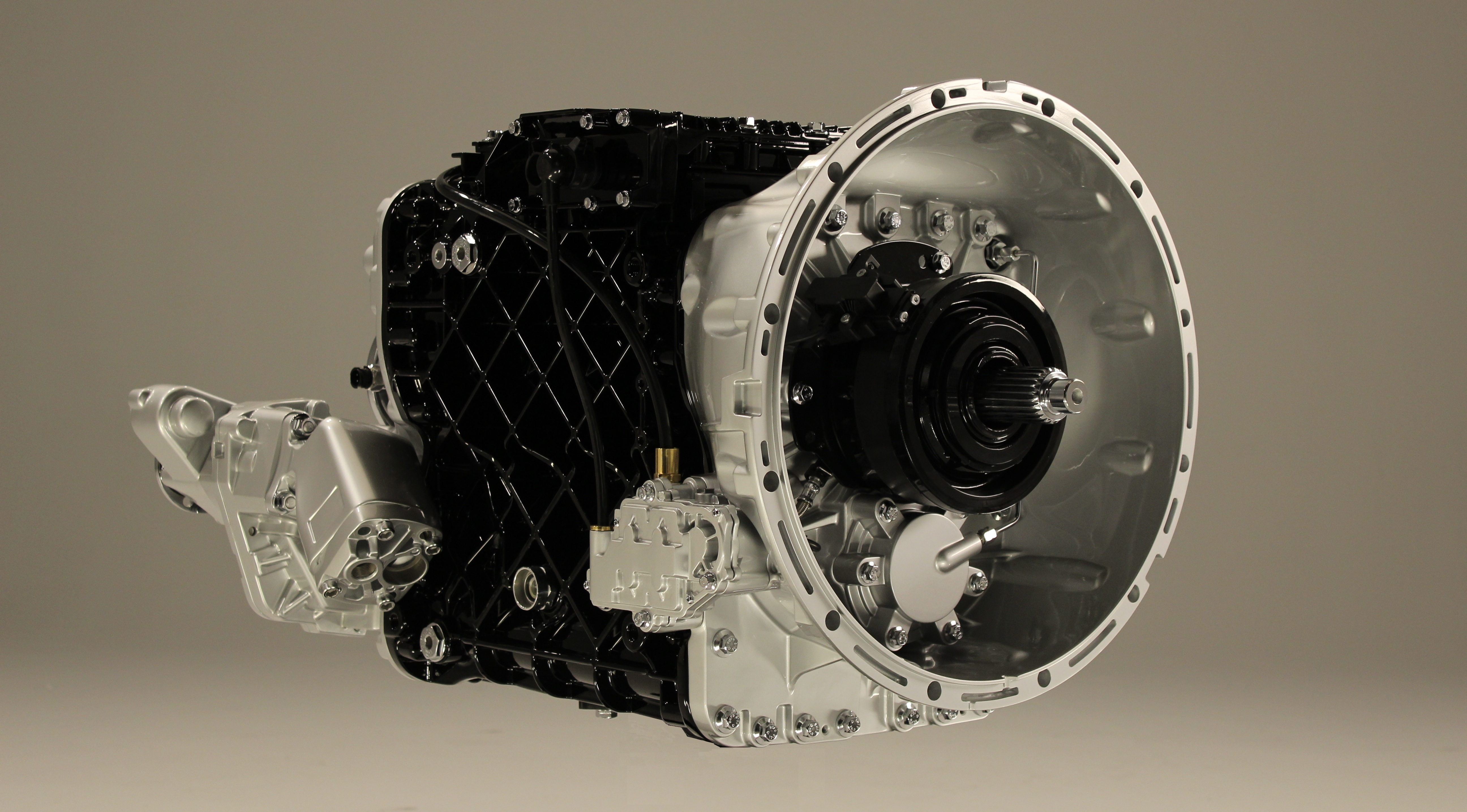 Mack's 12-Speed mDrive HD Transmission Beefed Up for