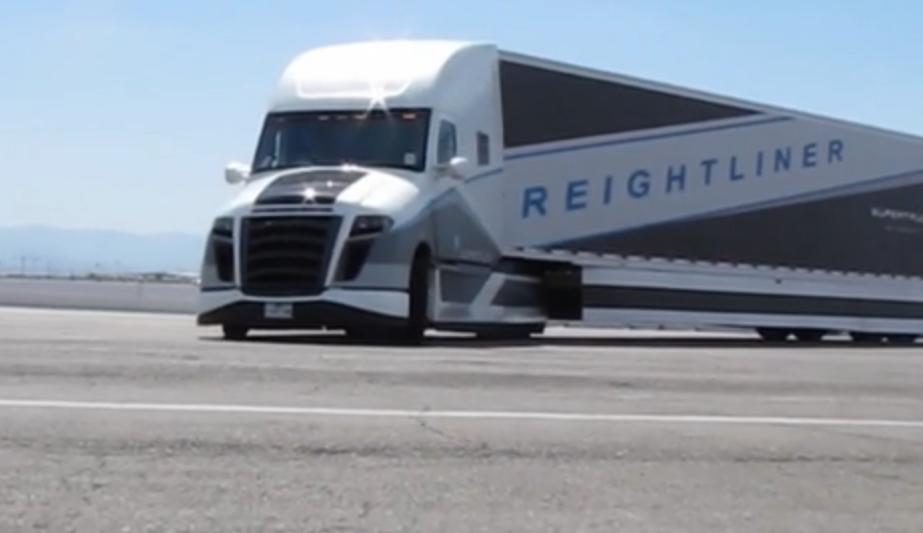 Focus On... Daimler's SuperTruck [VIDEO]