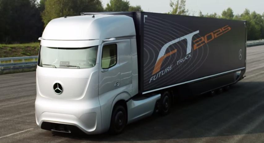 The Self-Driving, Mercedes-Benz Future Truck 2025 (Video)