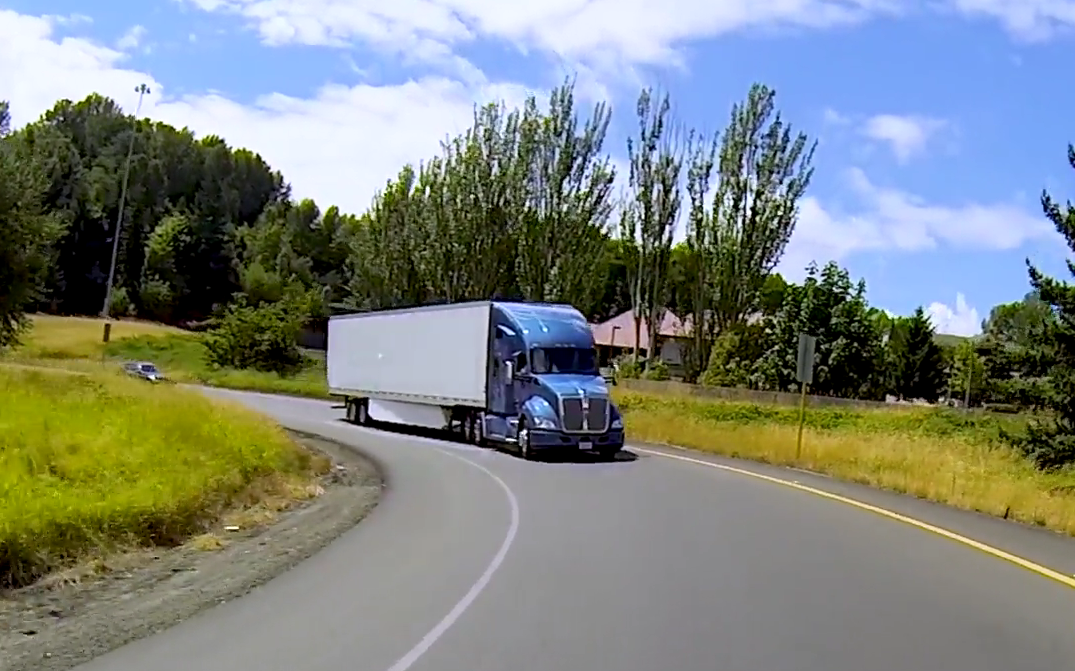 Ultimate Test Drive Video: T680 With Paccar Automated Transmission