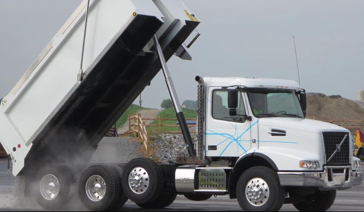 Using Crawler Gears on Volvo's I-Shift Transmission [Video]