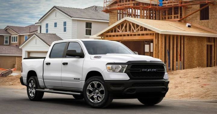 The almighty Ford F-Series, heavily hampered by inventory shortages caused mostly by the global microchip issue, was outpaced by the Ram full-size pickup in second quarter vehicle sales. - Photo: Stellantis