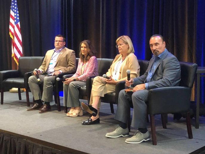 The electric vehicles panel featured EV market experts: Ehren Korshus, manager of EV pilot programs for Element Fleet Management, Stephanie Valdez Streaty, director of mobility research and development for Cox Automotive Mobility, Jennifer Costabile, general director of rental and fleet management company sales, marketing, and used vehicle remarketing at General Motors Fleet, and Tom Kontos, chief economist for KAR Global. - Photo: Martin Romjue / Bobit