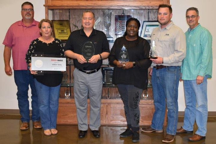 U.S. Bank recently honored ADESA Dallas with its 2017 Lease Return Segment Auction of the Year award.  - Photo courtesy of KAR Auction Services.