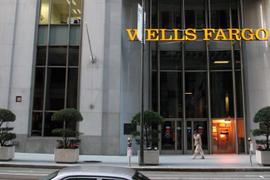 Embattled Wells Fargo Chief Steps Down