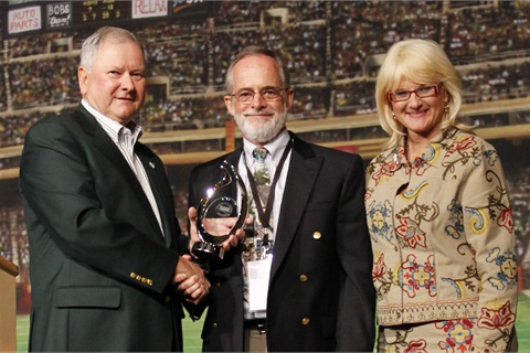 (L-R) Larry Tribble, owner, Southern Auto Auction; Jake Hershey, 2012 Industry Pioneer Award recipient; and Charlotte Pyle, NAAA president.