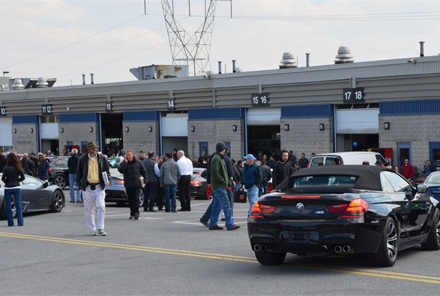 Dealers enter sales lanes at Manheim Pennsylvania on March 21. (PHOTO: Manheim)