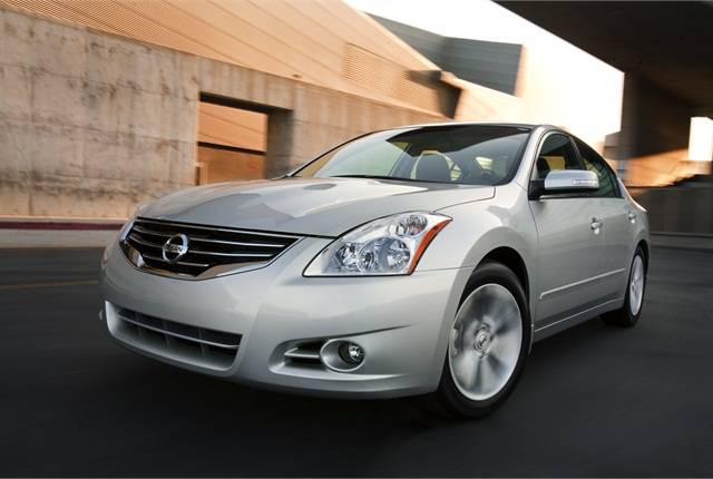 2011-MY Nissan Altima (PHOTO: NISSAN)
