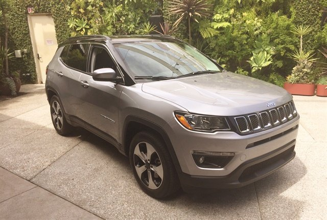 Photo of 2017 Jeep Compass by Paul Clinton.