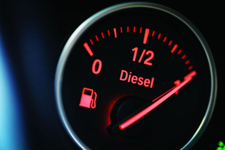 The latest fuel-management trends include fuel-access apps and mobile refueling solutions to minimize refueling time, installing in-cab tech, and using tech that automatically maintains tire-inflation pressure. - photo: Gettyimages.com/bizoo_n