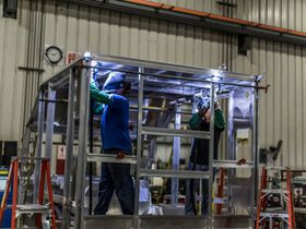 Aluminum vs. Steel: Choosing the Right Material for Your Fleet
