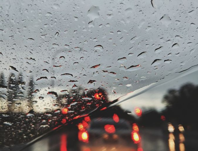 Proper wiper system maintenance shouldn't be neglected. Research has shown that poor visibility is a significant contributor to many accidents. - Photo: Valeriia Miller from Pexels