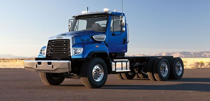 Frieghtliner 114SD - Photo: Freightliner