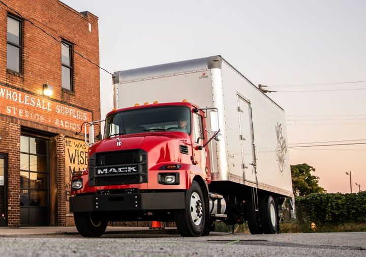 Mack MD6 & MD7 - Photo: Mack Trucks