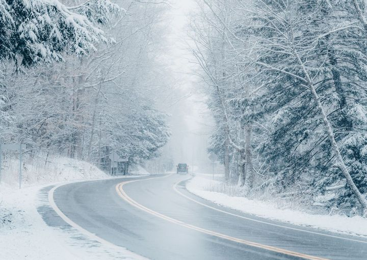 With the right planning and preparation, driving issues related to winter weather can be successfully addressed and vehicles kept on the road. - Photo: Pexels