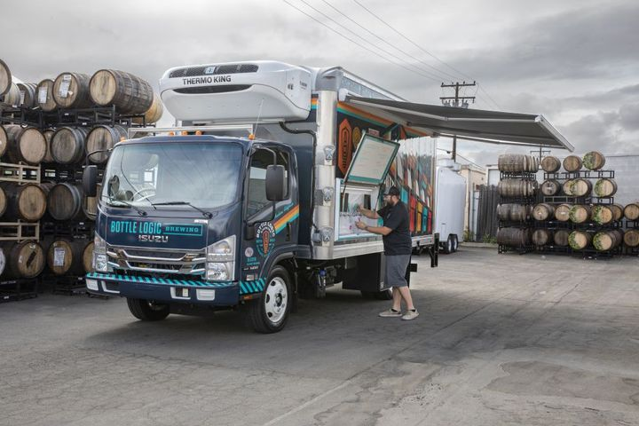 Bottle Logic wanted a truck that could double as a mobile bar, which meant it would have to be refrigerated, adding to the challenges it needed to solve. - Photo: Isuzu Commercial Truck of America