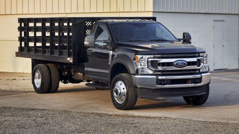 The Ford F-600 delivers the capability of a Class 6 truck in a familiar and easy-to-manage Class...