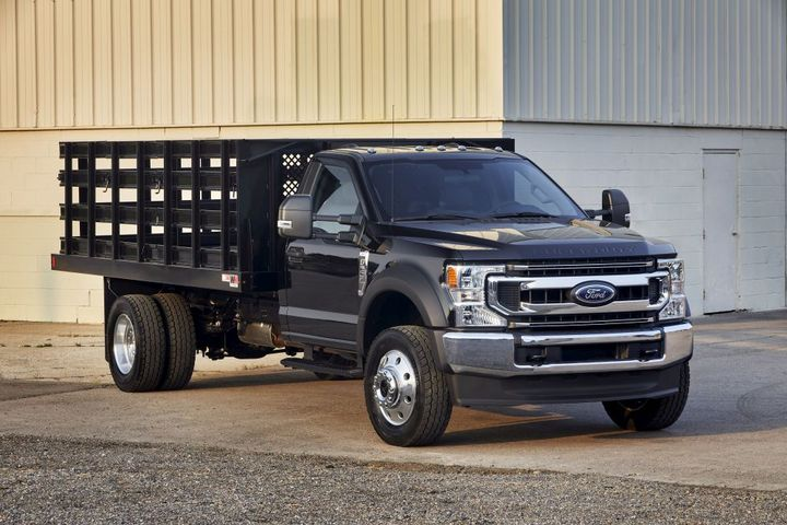 The Ford F-600 was named the 2021 Medium-Duty Truck of the Year by Work Truck readers. - Photo: Ford