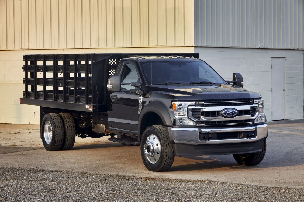 Spicer Driveline Featured on 2021 MD Truck of the Year