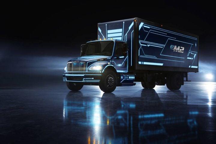 The Daimler eM2 is a Class 6/7 truck - Photo: Daimler