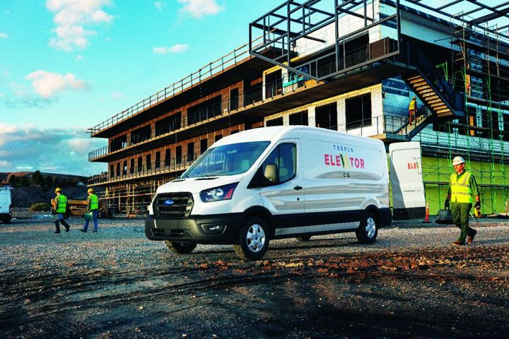 The Ford Transit enables fleet managers to select from innumerable racks and bins to customize the vehicle to individualized needs to maximize efficiency and productivity. - Photo: Ford