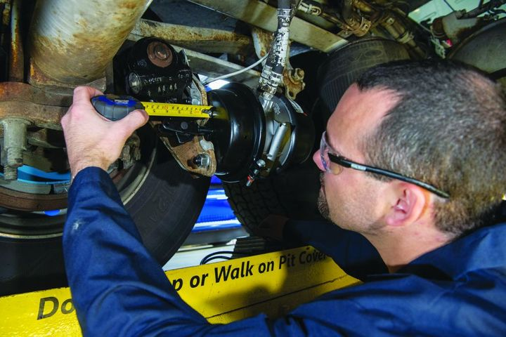 Choosing the right friction and rotors (also known as a friction couple) for the duty cycle and application will maximize service life. - Photo: Bendix