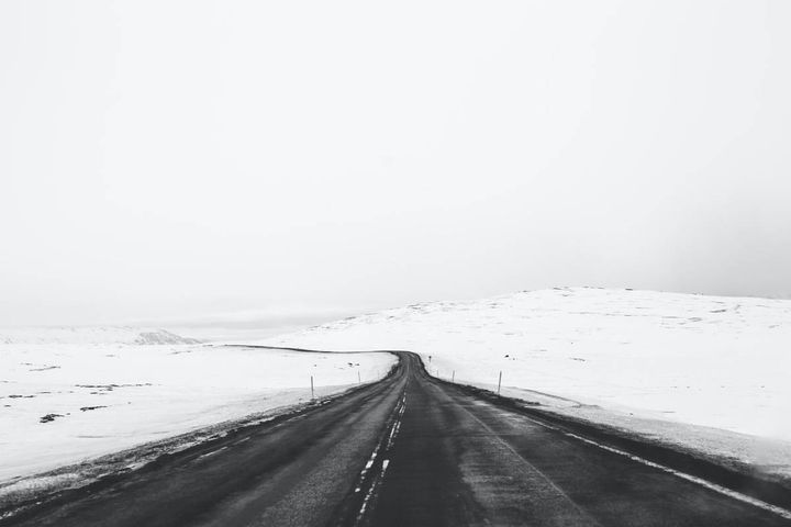 With chilly months on their way, help keep your vehicle on the road and operating safely with this advice for wheel-ends, air systems, and electronics. - Photo: Unsplash/Katie Doherty