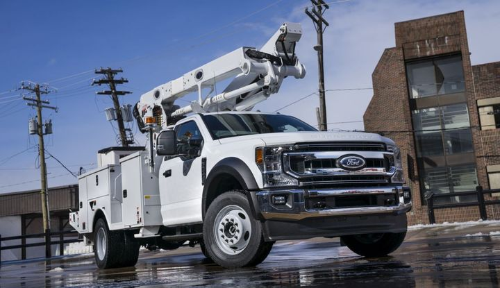 For MY-2020, power take-off (PTO) provision is now standard on all Class 3-5 and F-600 Super Duty chassis cab trucks with the 6.7L Power Stroke diesel engine.