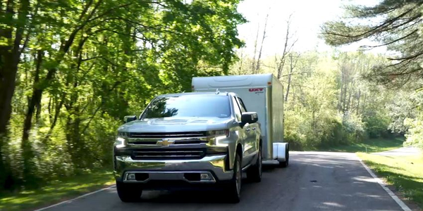 The 2019 Silverado 1500 offers a number of new towing features using driver assistance...