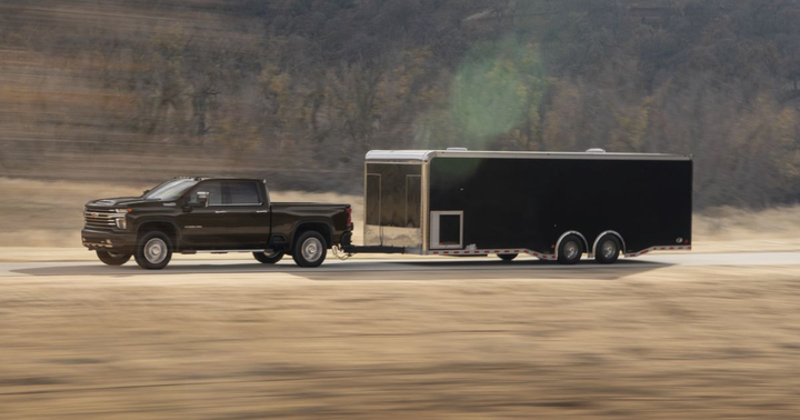 The 2500HD and 3500HD will also be available as a dualie. The trucks will be available in regular cab, double cab, and crew cab configurations, with standard-length and long cargo boxes. 