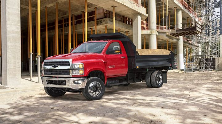 Chevrolet will offer the Silverado medium-duty truck lineup that made its debut last year: 4500HD, 5500HD, and 6500HD.  - Photo: General Motors
