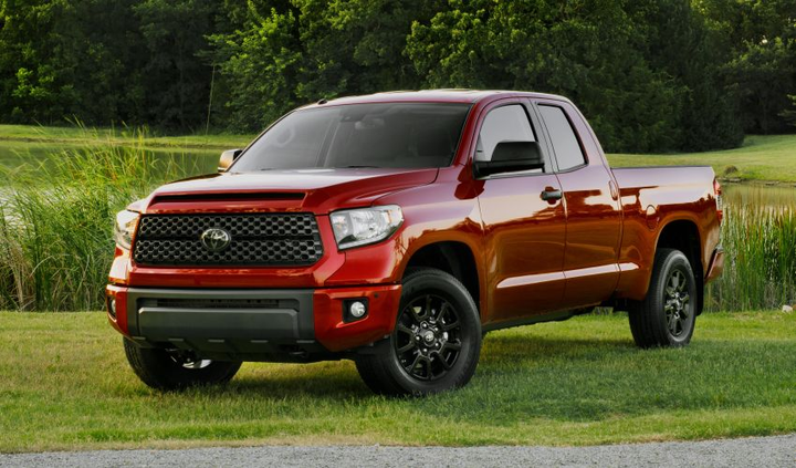 The 2019 Toyota Tundra is available with two engine options, two cab styles, and two drivetrain options.