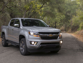 First introduced as a 2015 model, the 2019 Chevrolet Colorado is powered by a standard 3.6L V-6...