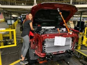 General Motors Works to Raise Wages, Benefits