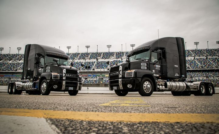 Every week during the season, the sport relies on its Mack Anthem models to efficiently and safely move tons of race equipment, technology, and even facilities from track to track. - Photo: Mack Trucks