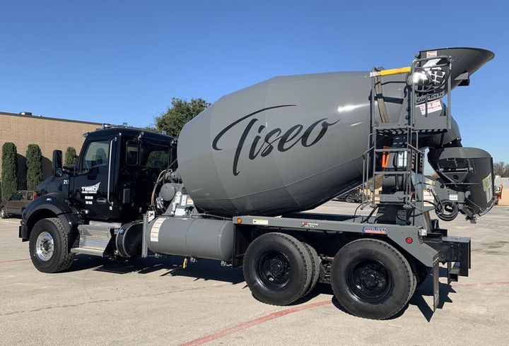 Tiseo's latest order of T880s features the PACCAR MX-11 engine, rated at 400 hp. - Photo: Kenworth