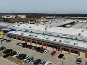 SelecTrucks Opens Center in Memphis