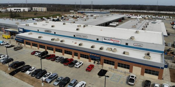 The Memphis SelecTrucks location offers a wide selection of used trucks, comprehensive warranty...