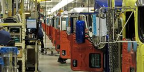 Vehicle Makers Extend Production Downtime at North American Factories