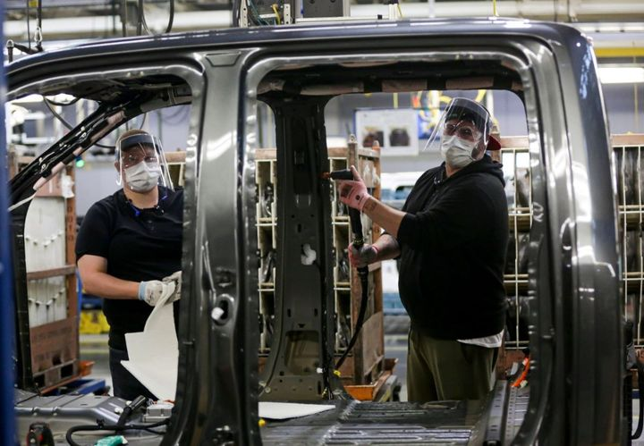 Safety and health modifications includepersonal protective equipment and facility modifications to increase social distancing. - Photo: Ford Motor Co.