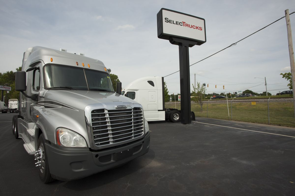 SelecTrucks Updates Walk-Away Lease Program