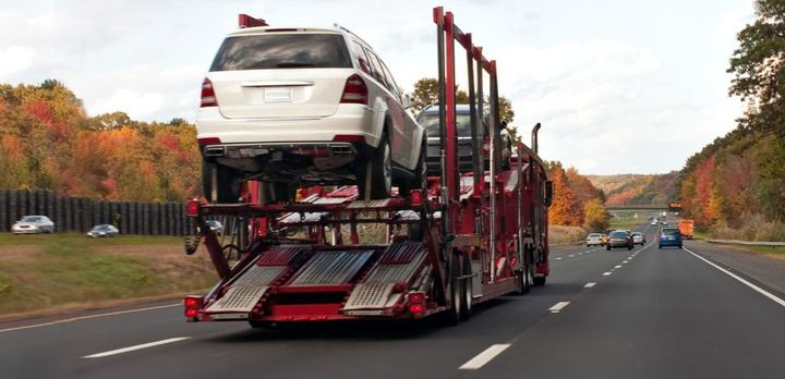 This new technology connects automotive auction and consignment shippers. - Photo: Acertus