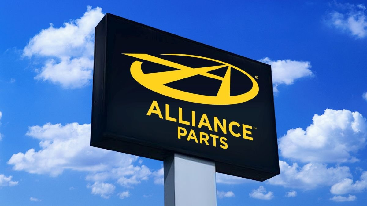 Alliance Parts Opens 100th Location