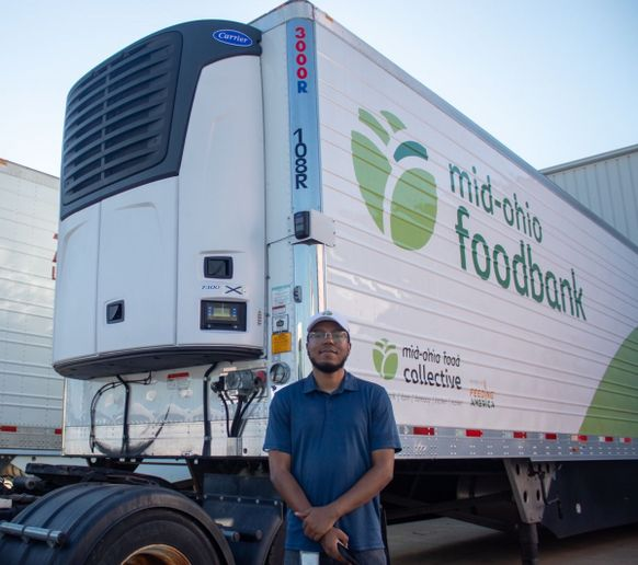 Given as part of Carrier's continuing support of food banks in the Feeding America network, an X4Series Model 7300 refrigeration unit was installed on a 53-foot-long trailer by Williams Carrier Transicold of Columbus. - Photo: Carrier Transicold