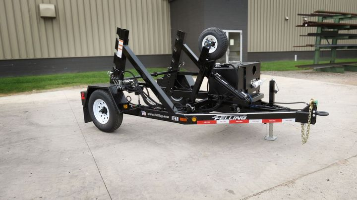 Southland Electric took delivery of their first FT-6 R cable reel in May; the trailer was equipped with hydraulic retriever/take-up, rim drive, with a self-contained hydraulic power pack. - Photo: Felling Trailers
